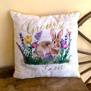 EASTER PILLOW Cute Bunny Rabbit Sitting Flower NEW